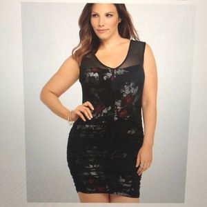 TORRID FLORAL SHIRRED MESH BODYCON DRESS